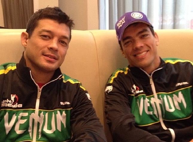 Chinzo (esq.) e o irmão Lyoto (dir.) agora estarão em eventos rivais. Foto: Reprodução