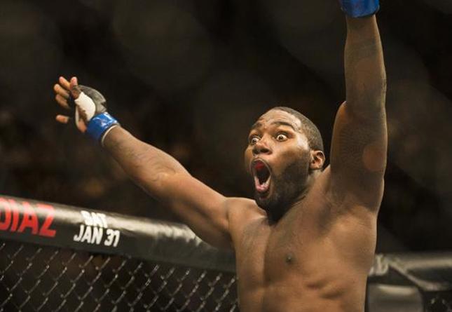 Johnson (foto) atropelou Glover. Foto: Divulgação/UFC