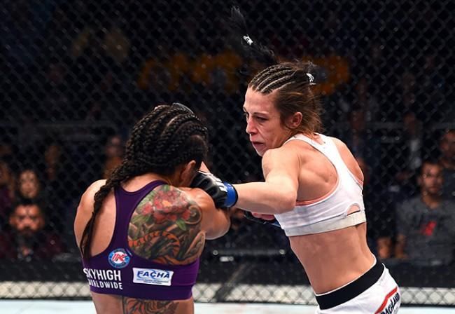Joanna e Claudinha já se enfrentaram, com vitória da polonesa na decisão. Foto: Divulgação