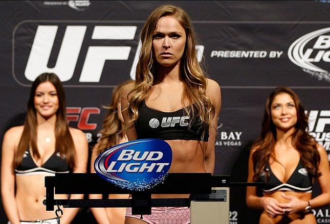 R. Rousey (foto) é a campeã do UFC. Foto: Josh Hedges/UFC
