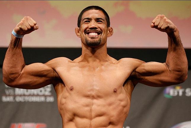 M. Muñoz (foto) é profissional no MMA desde 2007. Foto: Josh Hedges/UFC
