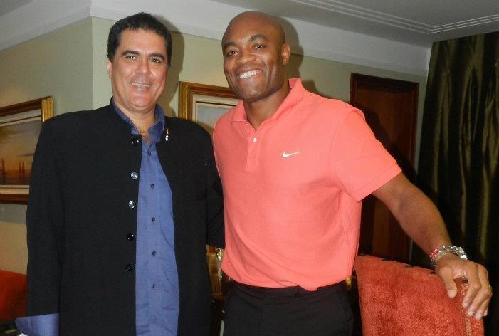 Fernandes posa ao lado de Anderson durante reunião da CBTKD. Foto: Divulgação/CBTKD
