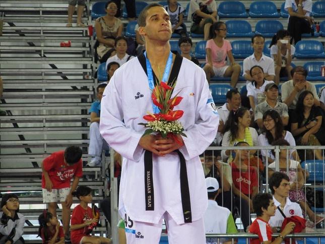Guilherme Cezário Félix é o principal nome brasileiro até 80 kg no taekwondo. Foto: Reprodução/Facebook