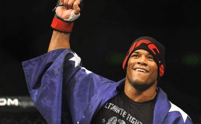 Lombard (foto) quer participar das Olimpíadas do Rio. Foto: Divulgação/UFC