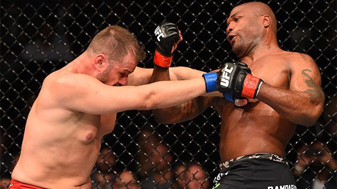 Maldonado (esq.) acabou derrotado por Rampage (dir.). Foto: Divulgação/UFC