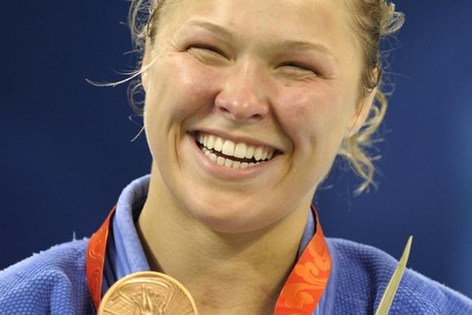 R. Rousey (foto) é uma das atletas de MMA que também participaram de Olimpíadas. Foto: Reprodução