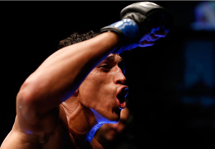 Do Bronx (foto) obteve vitória importante contra Lentz em Goiânia. Foto: Divulgação/UFC