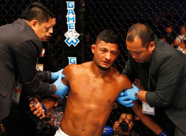 D. Lima se recupera do nocaute no UFC Fight Night 65. Foto: UFC