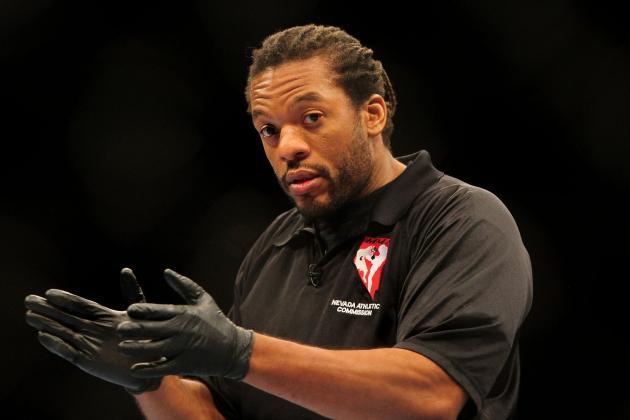 Herb Dean (foto) será o árbitro de Weidman x Belfort. Foto: Divulgação/UFC