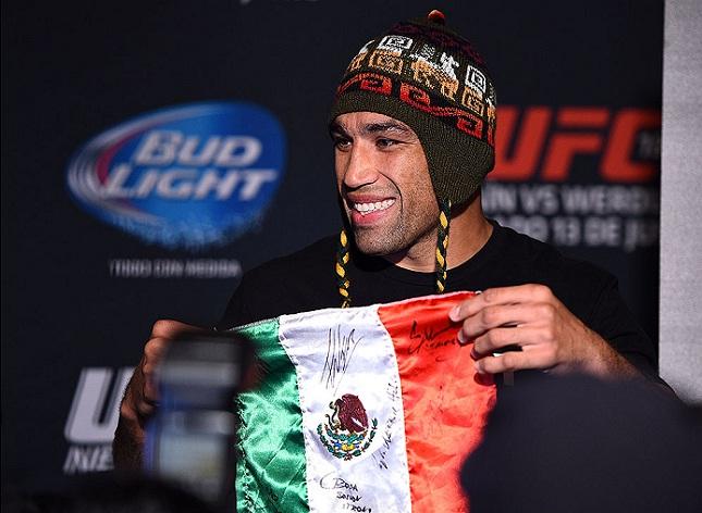 Werdum (foto) faz contra Velasquez a luta principal do UFC no México. Foto: Jeff Bottari/UFC