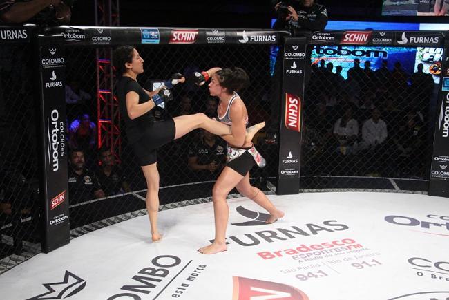 Amanda (dir.) vence, mas não leva o cinturão do Jungle Fight