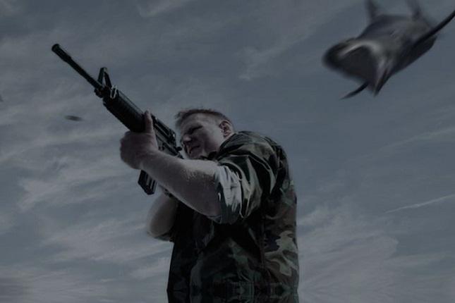 """J. Barnett será militar em """"Sharknado 3"""". Foto: Divulgação"""