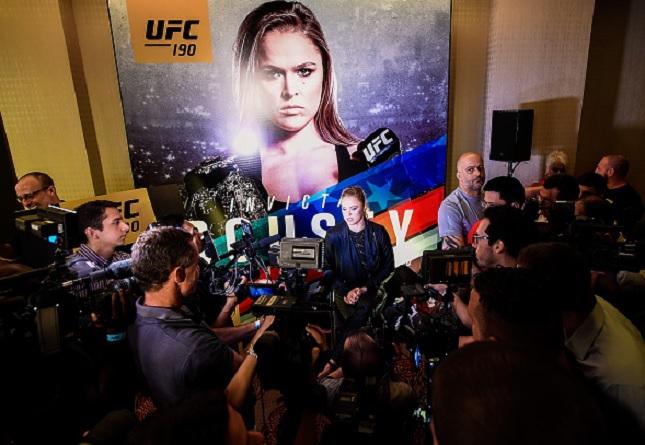 Vídeo: Confira o que de melhor aconteceu e as encaradas do 'Media Day UFC 190'