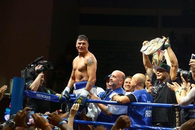 Popó chegou a 40 vitórias profissionais no boxe. Foto: Twitter/Reprodução