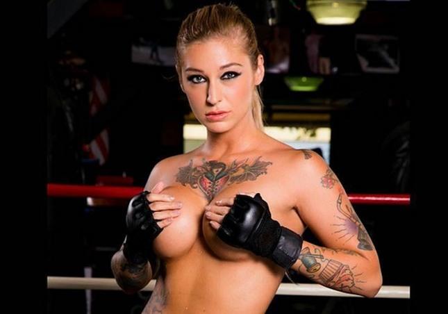 Atriz Kleio Valentien será a versão pornô de Ronda. Foto: Reprodução/Instagram