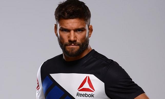 Thomson (foto) fez só uma luta no UFC após o acordo com a Reebok. Foto: Jeff Bottari/UFC