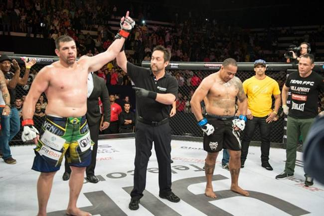 Pedro Rizzo derrota Andrew Flores no Face to Face 12