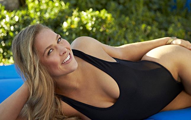 Ronda já foi estrela da edição especial da Sports Illustrated. Foto: Divulgação