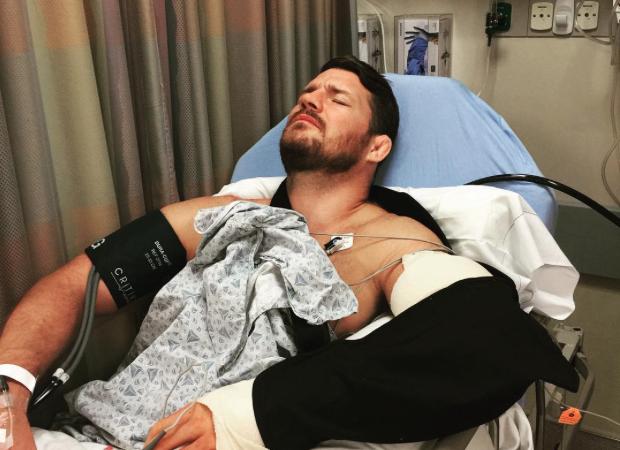Bisping passou por cirurgia no cotovelo. Foto: Reprodução/Instagram