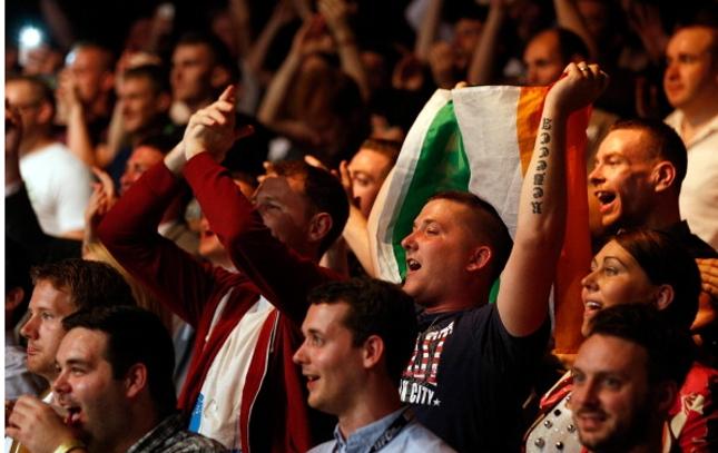 Público irlandês honrou fama de apaixonado. Foto: Josh Hedges/UFC