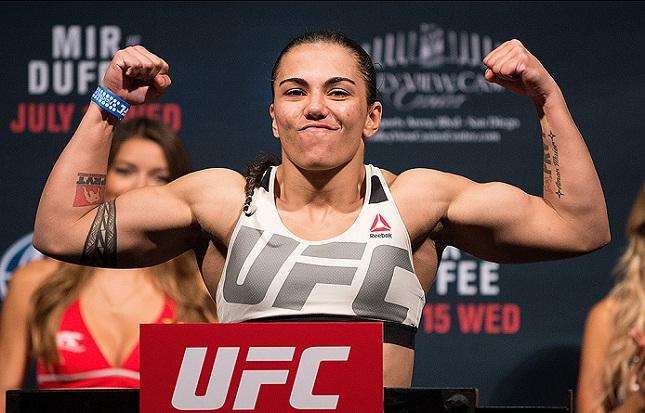 Jéssica volta ao octógono no UFC 207 (Foto: Josh Hedges/UFC)