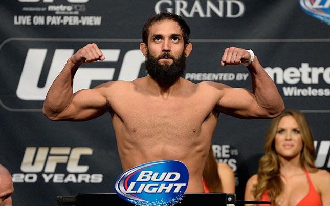 Essa não é a primeira vez que Hendricks (foto) tem problemas com o peso. Foto: Josh Hedges/UFC