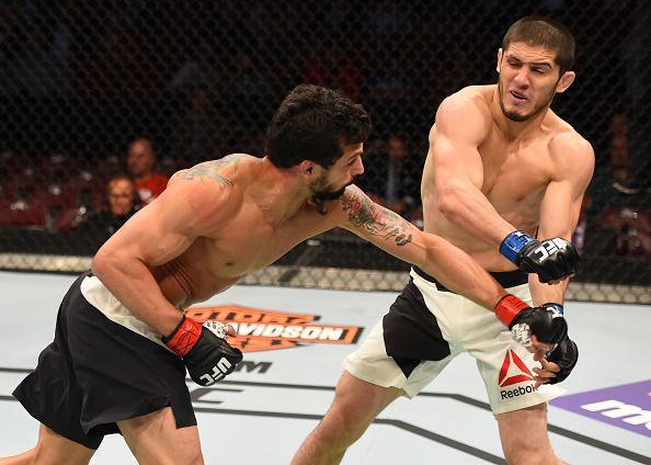 Martins obteve bela vitória no UFC 192. Foto: Divulgação/UFC