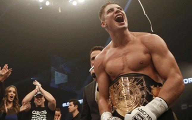 R. Verhoeven (foto) estreou no MMA com vitória. Foto: Divulgação