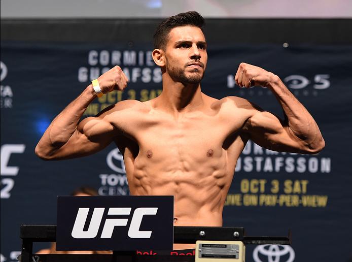 Rodriguez (foto) venceu no UFC 192, mas sofreu lesão feia no pé. Foto: Divulgação/UFC