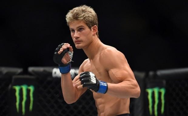 S. Northcutt (foto) estreou no octógono no UFC 192. Foto: Jeff Bottari/UFC