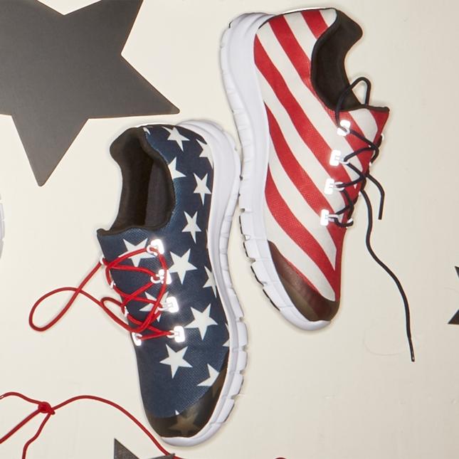 Tênis de Weidman tem bandeira dos EUA. Foto: Reprodução/Reebok