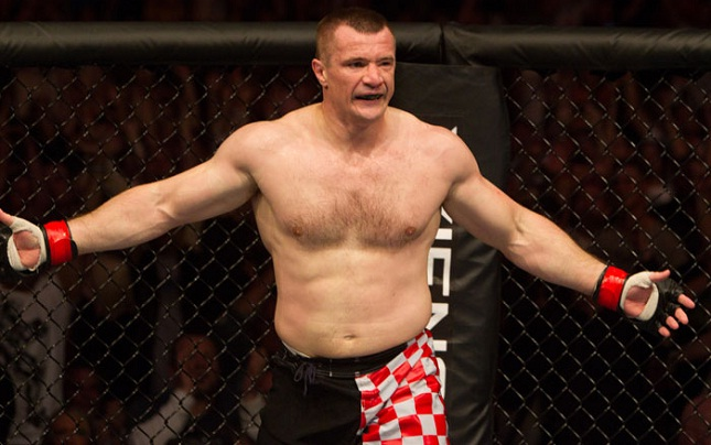 M. Filipovic (foto) teve seu doping anunciado pela USADA. Foto: Divulgação/UFC