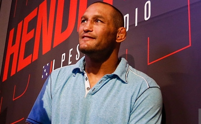 Hendo (foto) enfrentou Vitor duas vezes, a mais recente delas em 2013. Foto: Alexandre Schneider/UFC