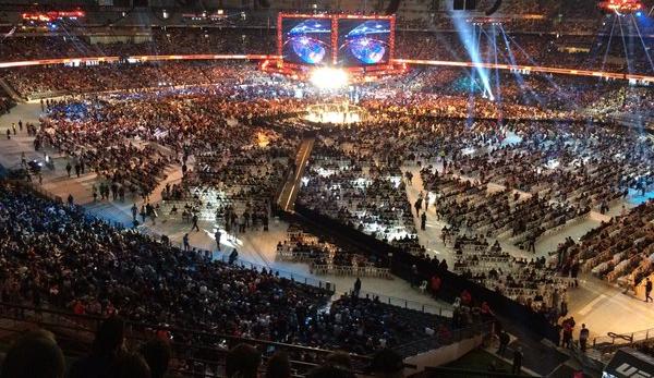 Etihad Stadium (foto) não ficou completamente lotado para o UFC 193. Foto: Reprodução