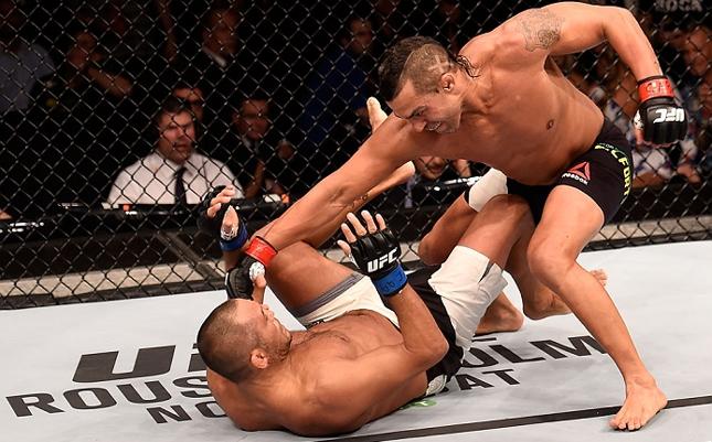 Luta entre Vitor e Hendo não repetiu bom desempenho de audiência do Brasil nos EUA. Foto: Buda Mendes/UFC