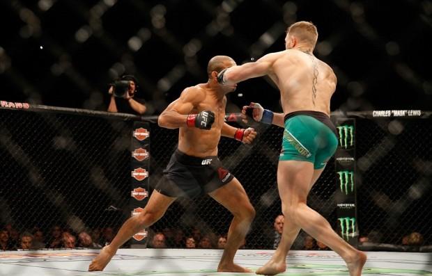Soco letal de McGregor vinha sendo treinado. Foto: Josh Hedges/UFC