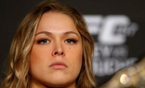 Ronda (foto) não luta desde novembro de 2015, quando perdeu para Holm. Foto: Josh Hedges/UFC