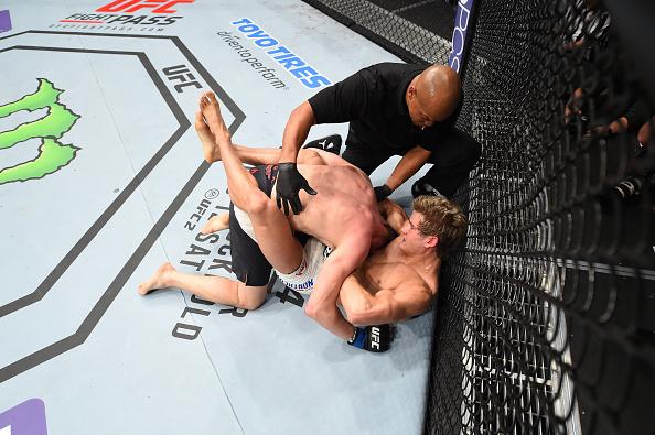 Northcutt finalizou e venceu mais uma no UFC. Foto: Jeff Bottari/Zuffa LLC