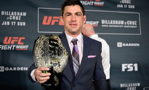 Cruz (foto) é dono do título peso galo. Foto: Brandon Magnus/UFC