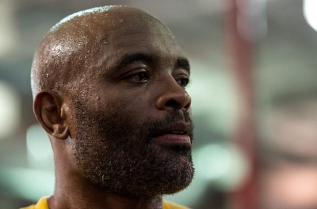 Anderson (foto) se disse magoado com o UFC. Foto: Brandon Magnus/UFC