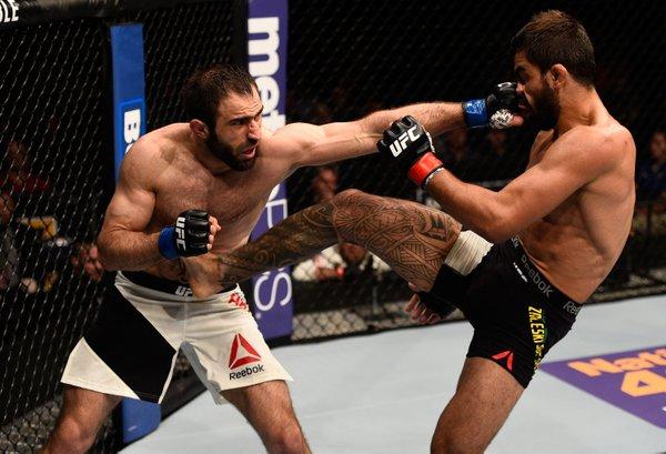 Capoeira e Akhmedov fizeram a 'Luta da Noite' do UFC Tampa. Foto: Reprodução