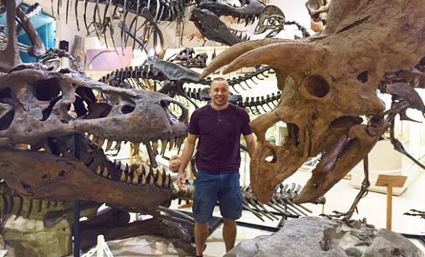 Canadense é apaixonado por dinossauros e o período pré-histórico. Foto: Reprodução
