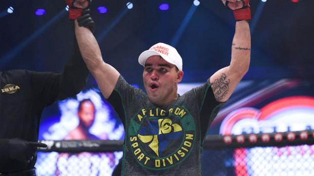 P. Pitbull levou a melhor sobre K. Souza no Bellator 155. Foto: Divulgação/Bellator