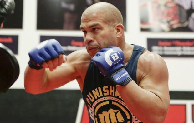 Ortiz (foto) ainda tem mais uma luta em seu contrato. Foto: Divulgação/Bellator