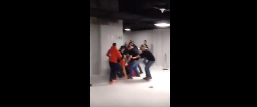Torcedores brigaram nos bastidores do UFC em Curitiba. Foto: Reprodução