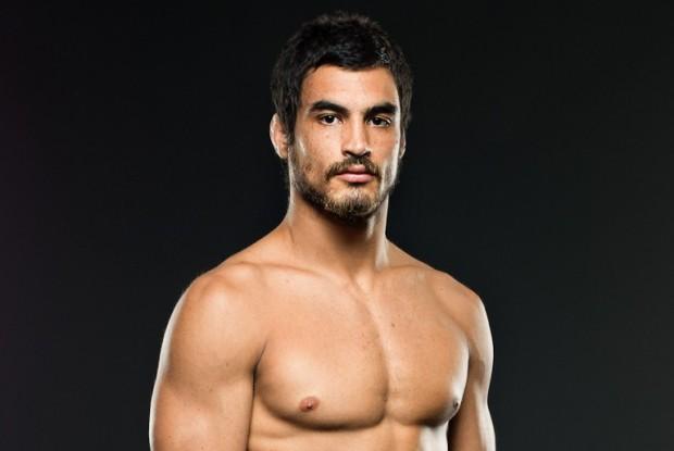 Kron (foto) fará sua terceira luta de MMA. Foto: Reprodução