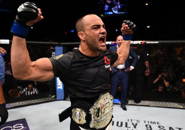 Alvarez é campeão dos leves do UFC. Foto: Divulgação