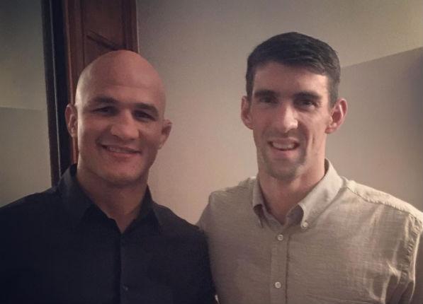 Cigano registrou encontro com Phelps no Rio. Foto: Reprodução