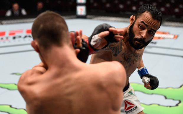 Felipe estreou no octógono com vitória. Foto: Jeff Botarri/UFC