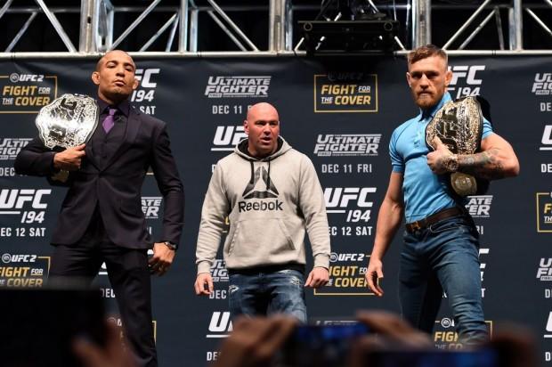Aldo (esq) e McGregor (dir) se enfrentaram em dezembro do ano passado. (Foto: Divulgação / UFC)
